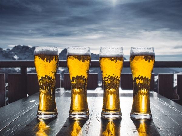 如何区分水晶和玻璃 玻璃杯是怎样生产的?